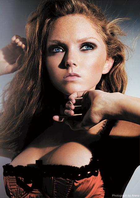 Lily Cole - Images