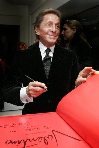 494f347052 Valentino Garavani Valentino Garavani